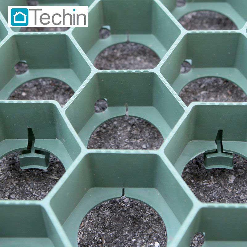 Piastre Da Giardino In Plastica.Pavimenti Per Interno Esterno Drenanti In Gres Plastica Legno